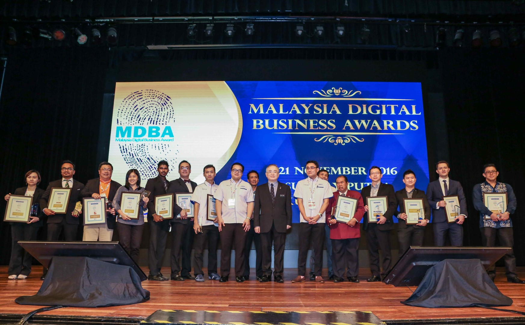 defcon-malaysia-digital-business-awards-iamjaychong-14-large
